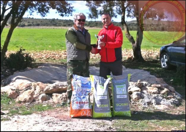 Anuvis Argentum de Carpecan Vencedora en el Field Trial de caza practica de las pruebas de primavera de la AEBW